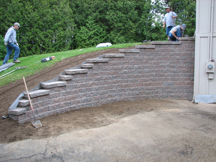 How To Build A Retaining Wall On Slope Steps Of The Process