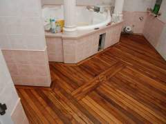 Quality wooden floors in the bathroom