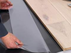 Special pads for laminate floors