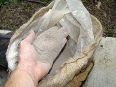 Preparing lime mortar
