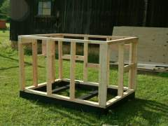 Frame doghouse