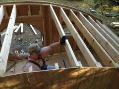 How to build a hobbit house