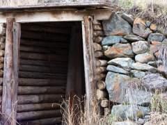 Cellar of logs hand made