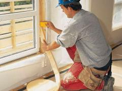 How caulk windows with polyurethane foam insulation