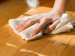 The most effective way to clean the flooring