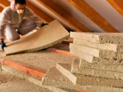 Insulation of attic with mineral wool