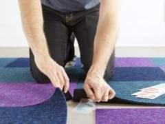 Laying carpet overlap