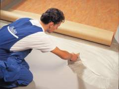 Laying laminate flooring in mastic