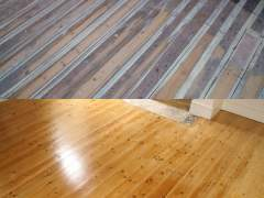 Hardwood floors before and after polishing and restoration