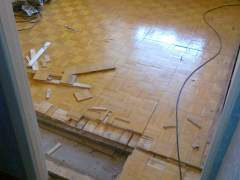 Remove parquet flooring from concrete