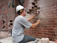 How to fix cracks in brick walls
