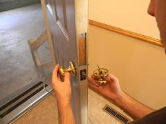 The dismantling of the old door knobs