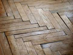 Looks like the parquet in the room with high humidity
