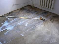 Preparing concrete floor for stain