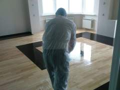 Polishing the bamboo floor without sanding by using chemicals